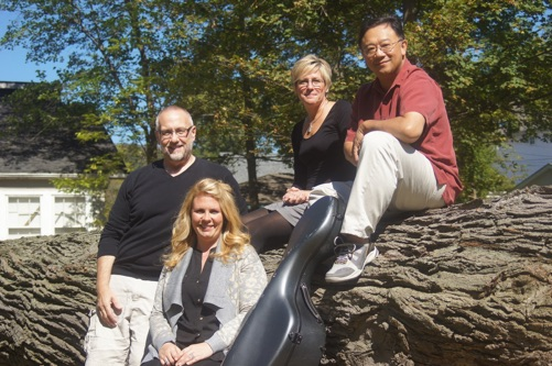 The Metropolis Oboe Quartet invites you to join them on an